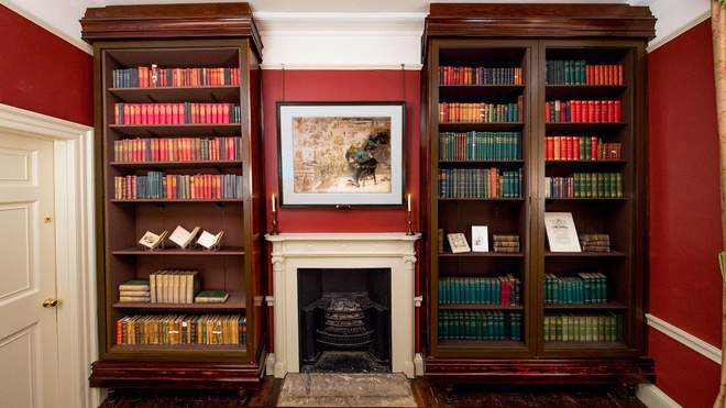 study-credit-newangle-copyright-charles-dickens-museum